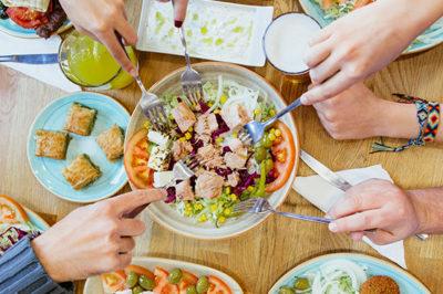 Fotografía Sofra Valencia comida turca ensalada
