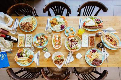 Fotografía de la comida turca en el restaurante Sofra Valencia